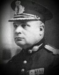 Mareşalul Ion Antonescu: General de corp de armată Hugo Schwab