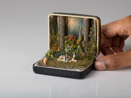 junkculture: Miniature Dioramas Built Inside Vintage Ring Boxes by Artist Talwst