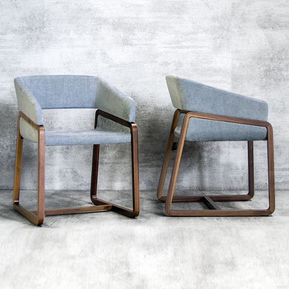 COMMERCIAL FURNITURE Chic 3 …
