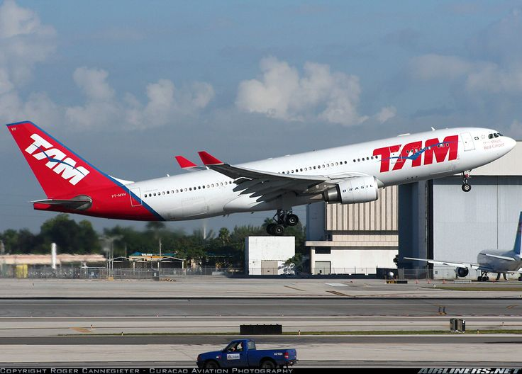Airbus A330-203 - TAM | Aviation Photo #1826002 | Airliners.net