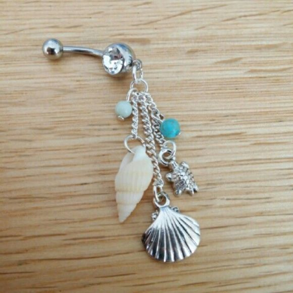 Sea Turtle & Seashell Dangle Belly Button Ring Brand NEW! 14 Gauge Surgical Steel. Ships fast :) Jewelry Rings