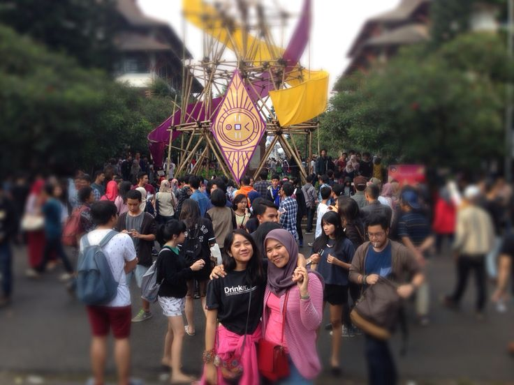 Pasar Seni ITB, Bandung Indonesia