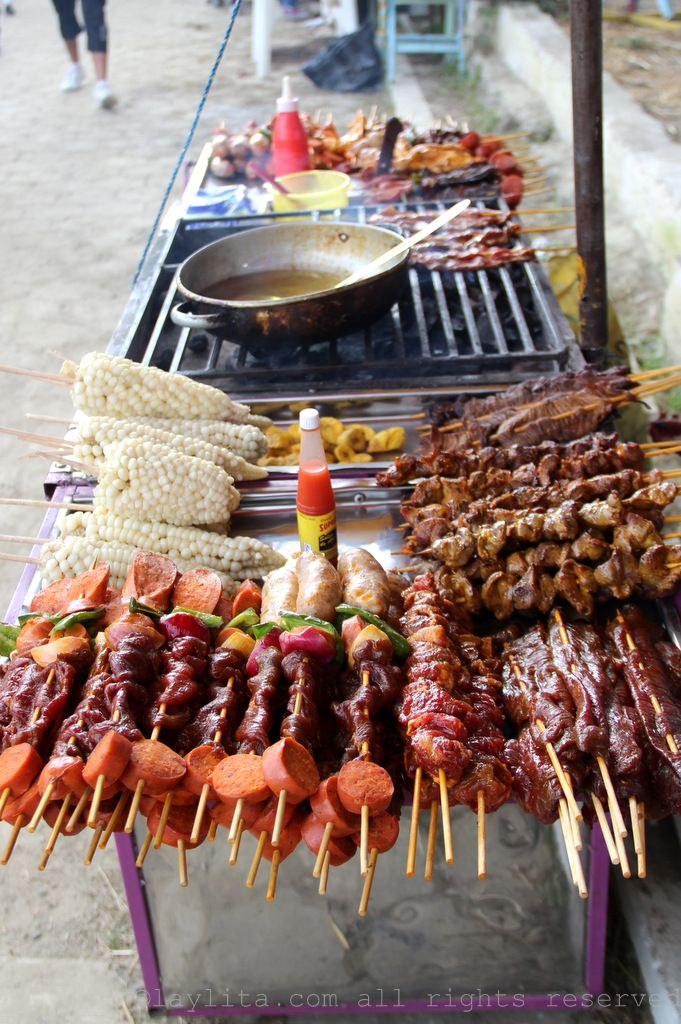 Ecuadorian carne en palito, pinchos or chuzos cart at the fair