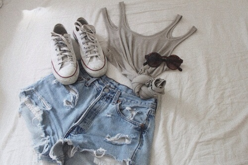 yes. #fashion #style #design #outfitoftheday #converse #love #photography: Casual Summer, Summer Style, High Rise Shorts, Summer Outfits, Casual Outfits, Clothing Outfits, Jeans Shorts, Denim Shorts, High Waist Shorts