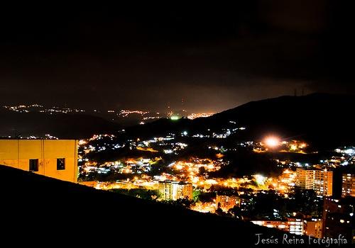 caricuao de noche