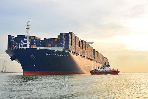 CMA CGM MARCO POLO (16,000 TEU) was the world's largest containership at the time of delivery in November 2012.