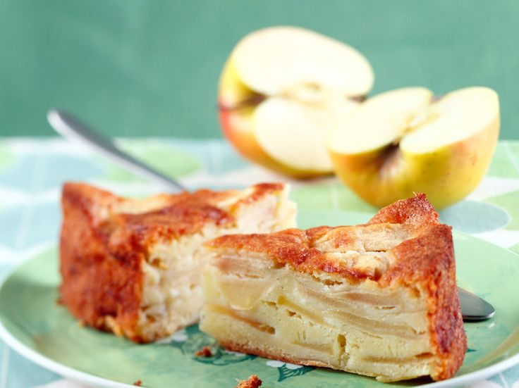 Gateau au yaourt aux pommes illustre