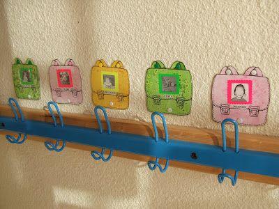 Les petits écoliers: PORTE-MANTEAUX