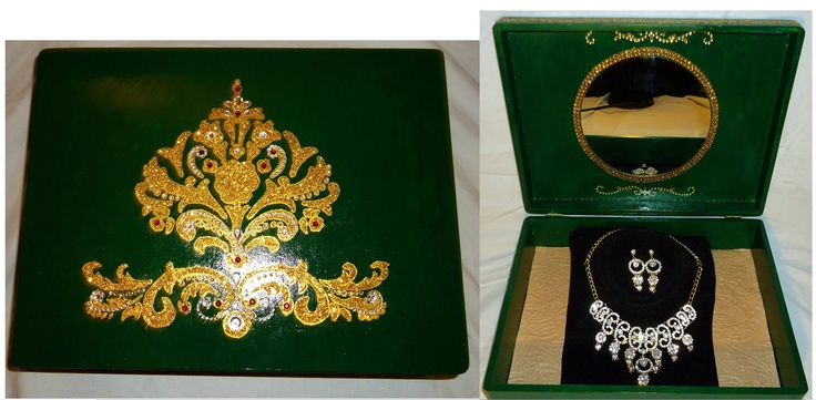 Indian inspired wedding jewellery gift-box.  Box available without necklace as well.