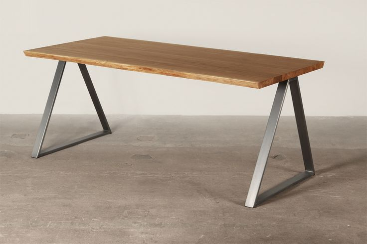 Table Thales Moromou
