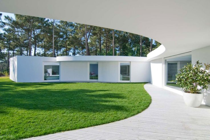 House in Aroeira / Aires Mateus
