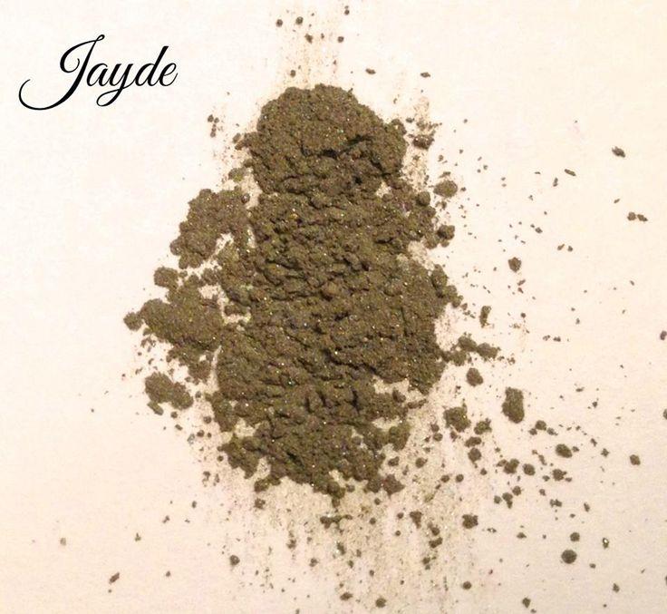 """Jayde"" green by Crazy Daisy Cosmetics!! Do you like it?? #mineralmakeup #green #jade #makeup #eyeshadows #colors #crazydaisycosmetics"