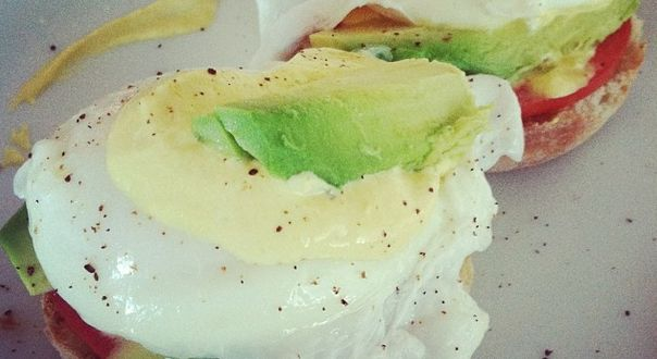 Great Healthy Weekend Recipe! Healthy Vegetarian Eggs Benedict - Less than half the calories and a quarter of the saturated fat in this healthy version.