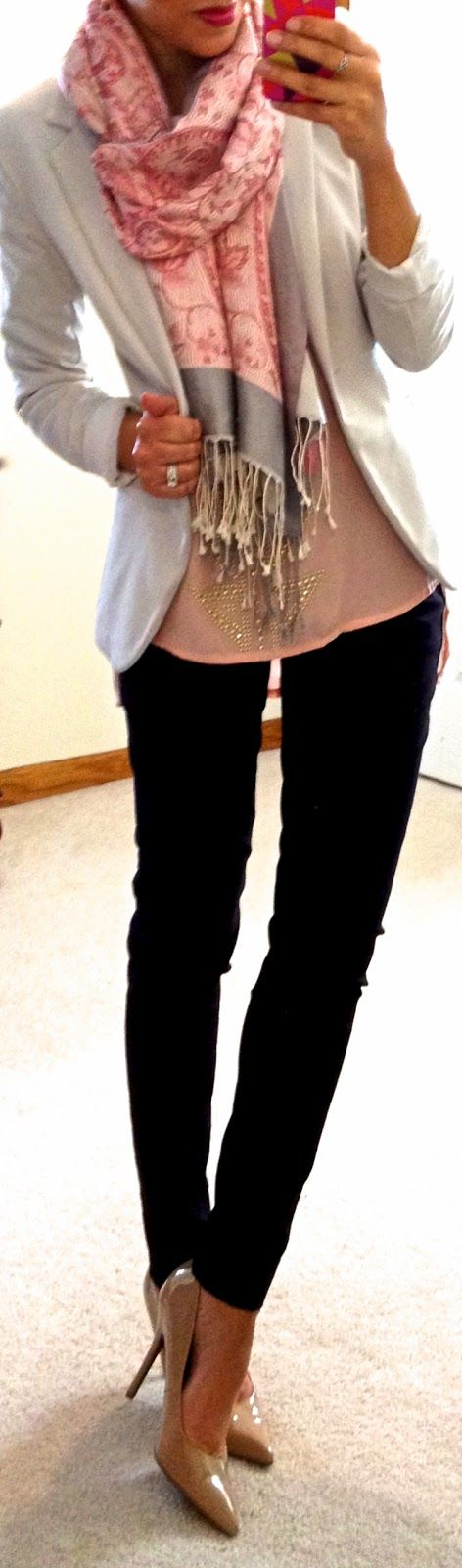 21 Splended Scarf Outfit Ideas For Fall
