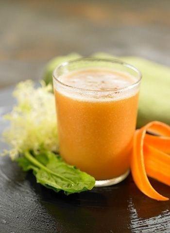 Jugos para la artrosis: zanahoria y apio