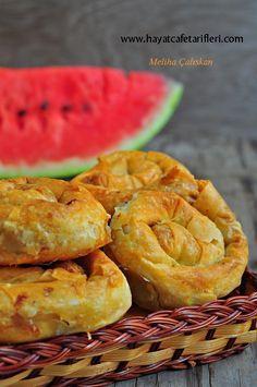 Patlıcanlı Börek Tarifi | Hayat Cafe Kolay Yemek Tarifleri