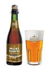 La Mort Subite Oude Gueuze est un mélange équilibré d'un vieux (min. 3 ans) et jeune lambic, de fermentation spontanée avec maturation en fûts de chêne. (uniquement disponible en bouteille de 37,5cl)