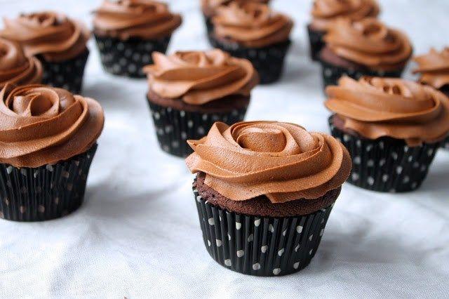 A Delicious Cocoa Cupcakes - Admirable Recipes