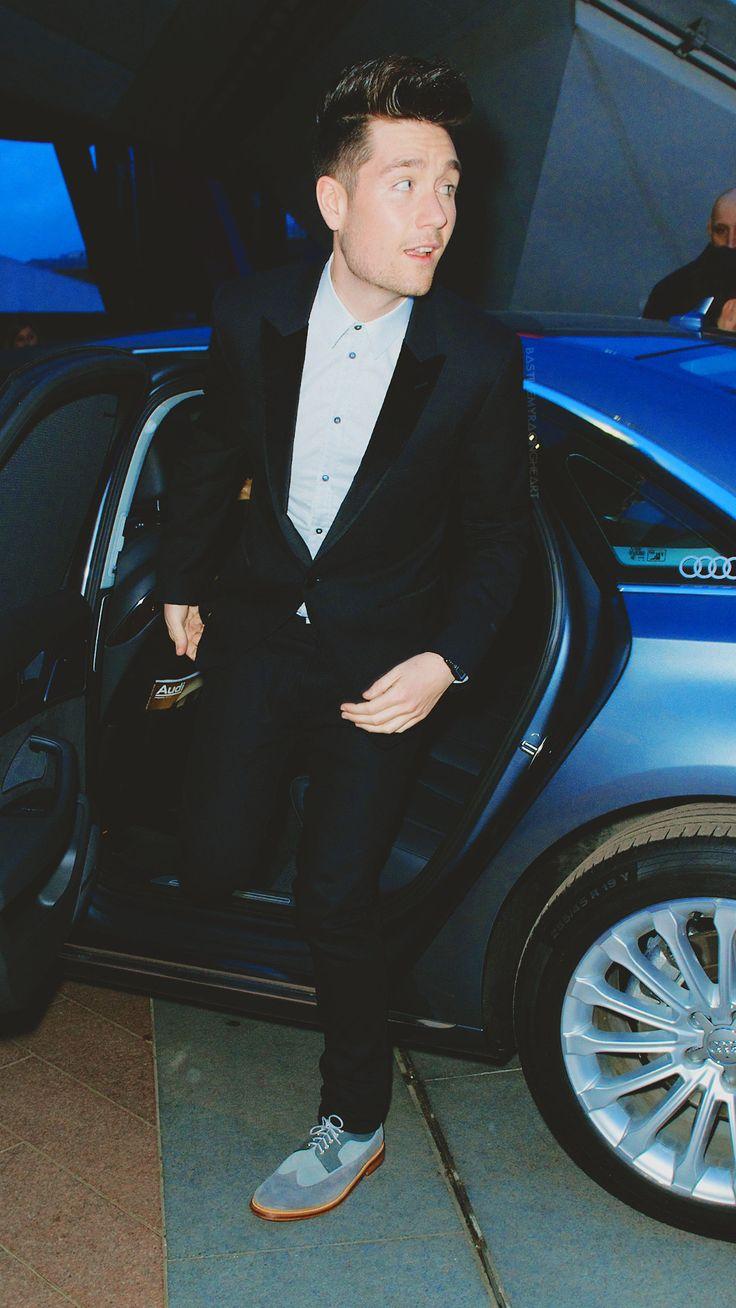 """"""" Accidental model, Dan Smith Brit Awards 2014 """""""
