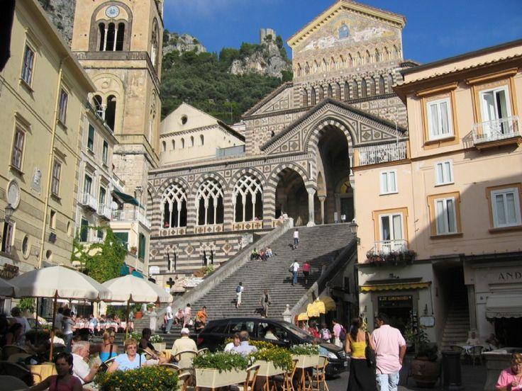 Bli klokare på Italien: Amalfikusten – låter härligt men är det inte besvärligt? - In-Italias nyhetsbrev