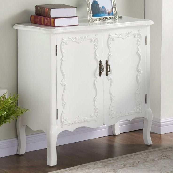 Krista Cabinet #2 http://theinspireblog.com/2016/03/4-ways-to-warm-up-a-white-bathroom/