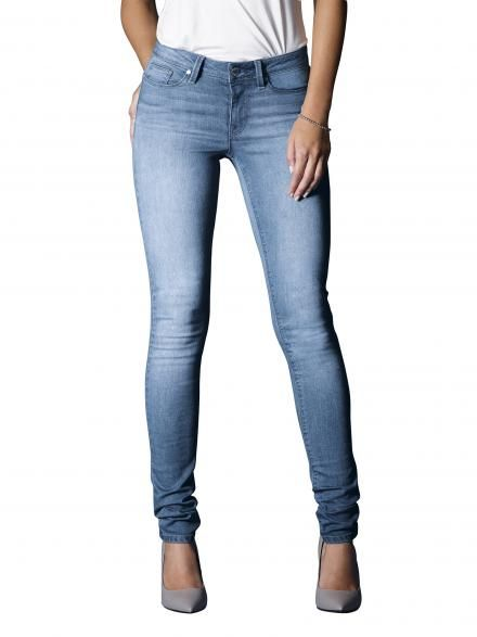 Super Skinny Jeans in Soft Blue