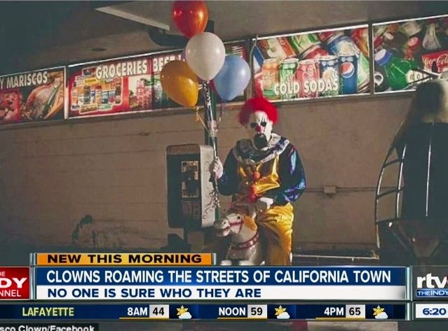 With #creepy #clowns #roamingthestreets of #Wasco, #California at #night, it's #reminiscent of an #AmericanHorrorStory #Freakshow #nightmare come true with #TwistytheClown.   For  #WXYZ #Detroit, #ABCNEW's #STORY: bit.ly/10Xhceu  #AHSFX
