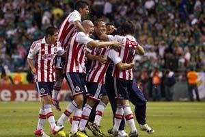 Chivas vs León En Vivo por SKY partido de la Jornada 8 Clausura 2013 juegan hoy Domingo 24 de Febrero del 2013 a partir de las 17:00hrs en el Estadio Omnilife Guadalajara Jalisco México.