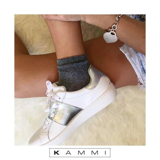 le nostre scarpe #kammi si stanno preparando per le vacanza con Marta Borelli 😍 Ora possono essere tue a prezzo scontato :)  Scopri queste #sneakers e altri modelli in promozione ► http://bit.ly/2f7m1yf