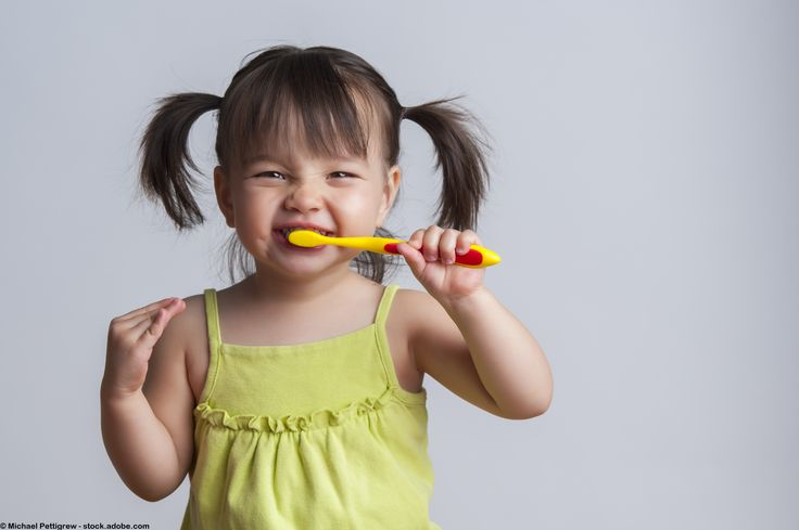 How do you get your kids to brush their teeth? | OH BEEHAVE | Who's The Expert