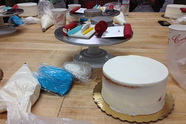 We took a cake decorating class with The Cake Boss! Here's what we learned.