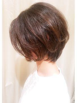 【VIRGO】40代50代◎襟足そわせる大人フェミニンショートボブ - 24時間いつでもWEB予約OK!ヘアスタイル10万点以上掲載!お気に入りの髪型、人気のヘアスタイルを探すならKirei Style[キレイスタイル]で。
