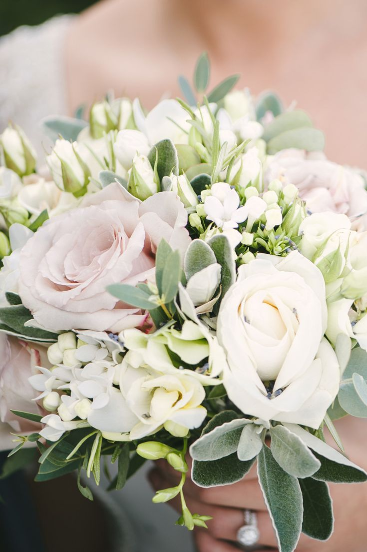 Image by Ann-Kathrin Koch. Wedding bouquet. White roses.