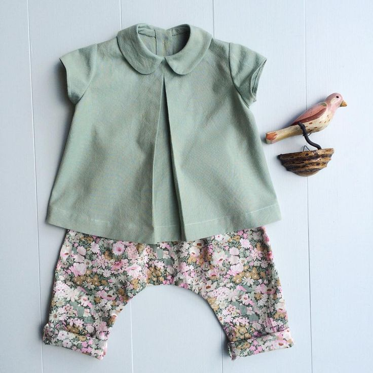 Week No.1 #iriswardrobe Pattern: Top- #citronille Colombe, translated into English, from @fiddleheadartisansupply. Pants- Wiksten pattern not yet released. Size: 6 months (both too small for Iris, will be baby gift) Fabric: Peppered cotton in sea glass top, #libertyoflondon in Thorpe (sage) pants. I normally hang out with Joe at night, but since he's training for a triathlon I've been accomplishing a lot of sewing. And I've been meeting up with friends to sew.