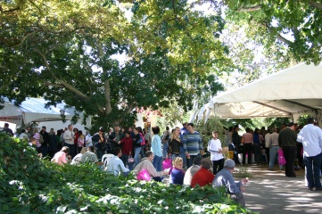 Guests enjoying Kloovenburg's Christmas Market