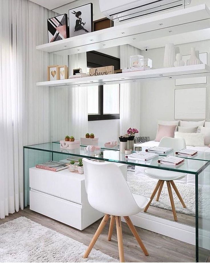 Schreibtisch mit Spiegel – #arbeitsplatz #Collection # mirror