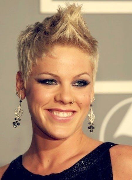 Marvelous 1000 Ideas About Singer Pink Hairstyles On Pinterest Meg Ryan Short Hairstyles Gunalazisus