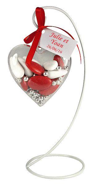 Ces superbes portants en en fer blanc décoreront avec originalité votre mariage : http://www.mariage.fr/support-portant-fer-blanc-lampion-ou-cage-mariage.html