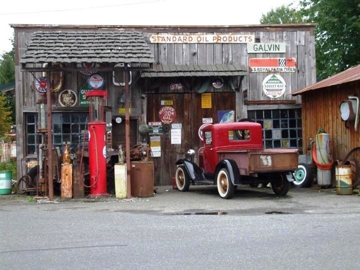 Gas station garage pinterest vintage for Garage mini 92
