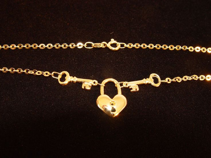 """18K Yellow Gold 16.5"""" Heart & Keys Cable Link Chain"""