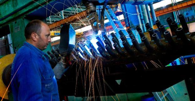 Produzione industriale ancora in frenata. È solo colpa del caldo?