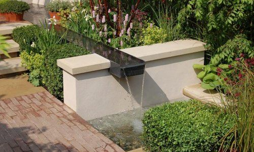 Google Image Result for http://www.anwickforge.co.uk/library/gallery/exterior/RHSChelsea_pool___lge_rill_500x300.JPG