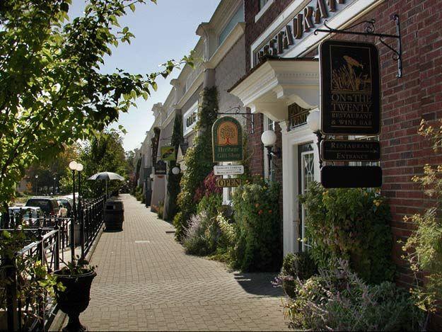Inn on the Twenty Restaurant, Shops, and Windows on the Twenty, Jordan, Ontario