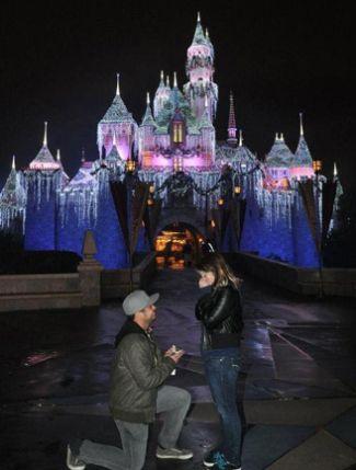 #proposal #perfectproposal #heasked #shesaidyes #engaged #engagement #wedding #ido #love #weddingplanning #happilyeverafter