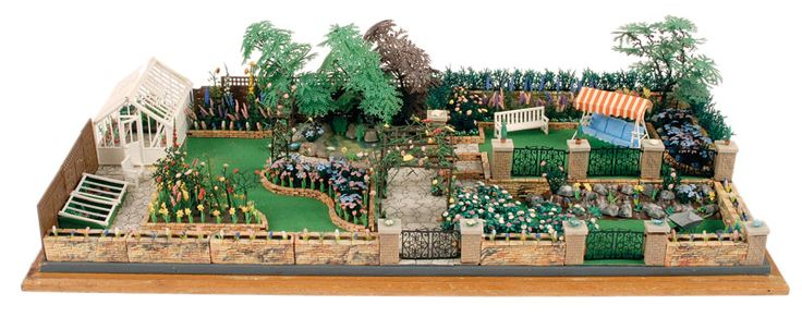 Britains Toys- Floral Garden Range. Its only recently l found out they made a garden!! I need it...