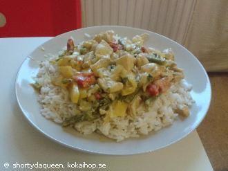 Kycklinggryta med wokade grönsaker