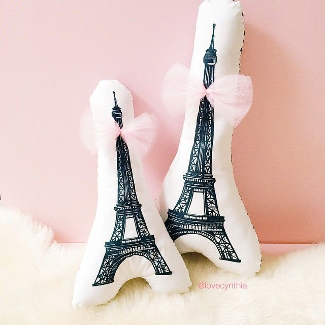 J'aime Paris! ❤️ My original Eiffel illustration printed on cushions now available (100% cotton // available in 2 sizes 34cm and 44cm) ❤️ Email me for orders and inquiries: hello@lovecynthia.fr PS I promise to finish my webshop this weekend. And stop procrastinating.