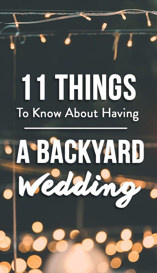 11 Dinge, die Paare wissen sollten, bevor sie eine Hinterhofhochzeit planen. Hier sind …   – Life + Weddings + Tips + Advice