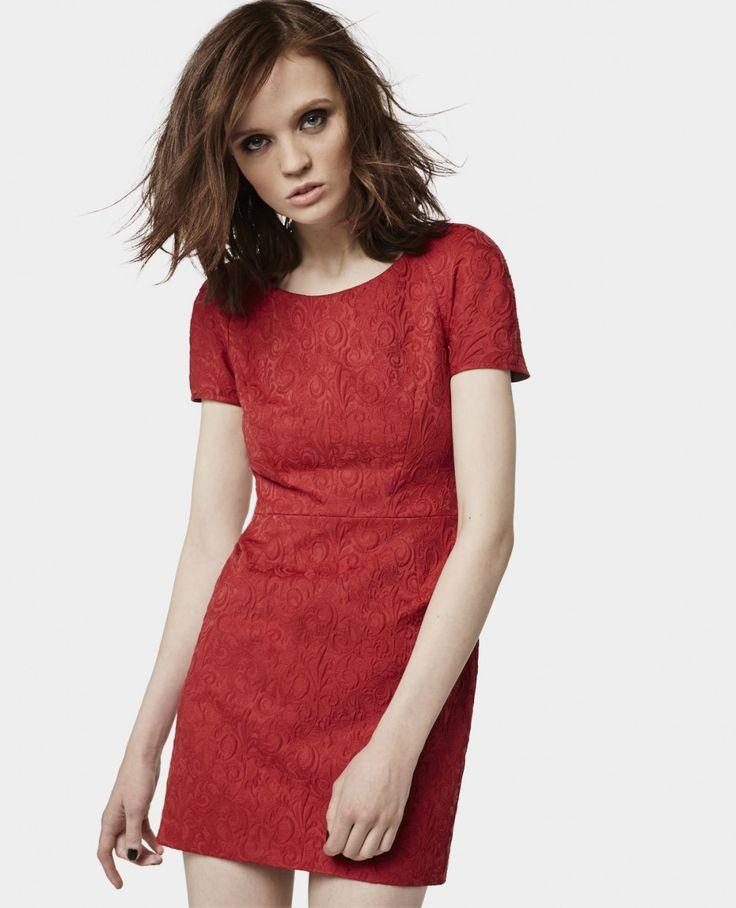 Robe РіВ pois rouge