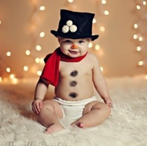 Cutest Christmas pic for a baby ever, would make a great card!